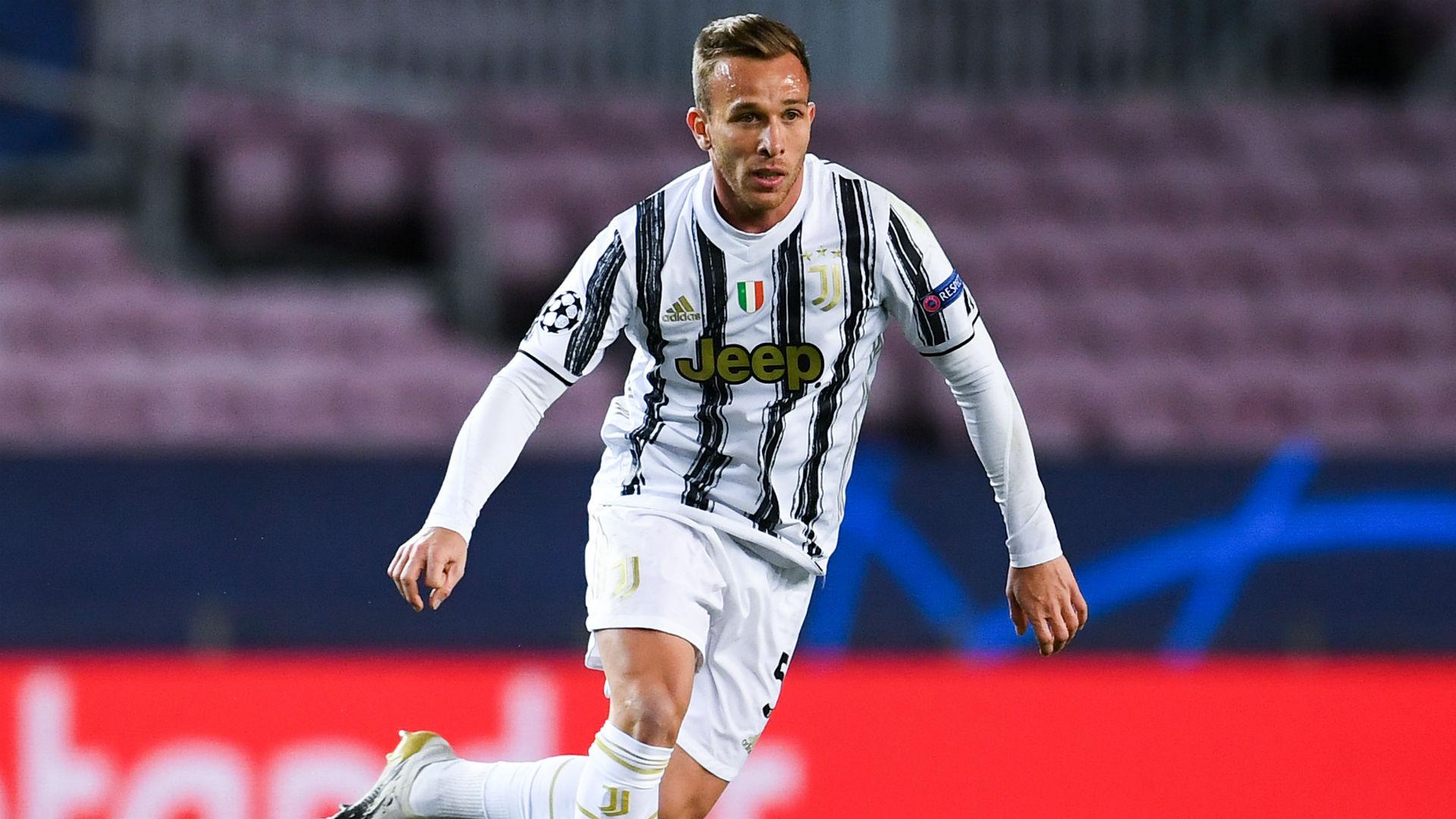 Juve, i convocati per la Lazio: ok Arthur, Bonucci e Cuadrado