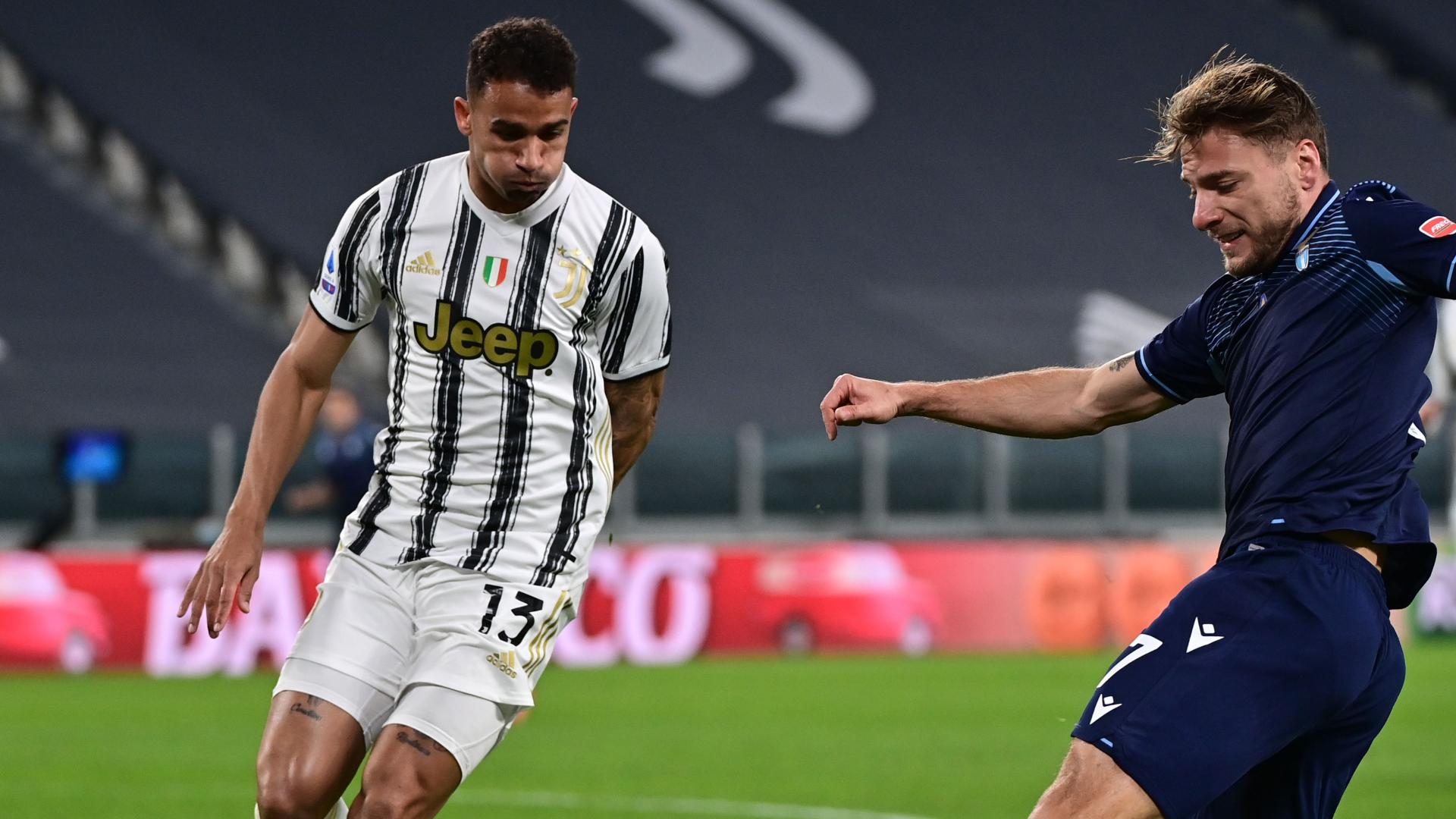 Nuova Juventus contro la Lazio: 4-2-3-1 e Danilo centrocampista centrale