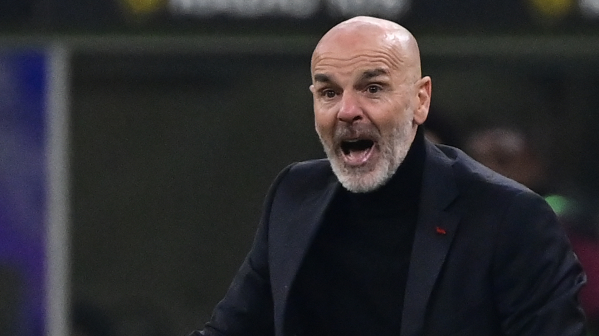 """Milan in emergenza, Pioli: """"Avessi 30 anni in meno scenderei in campo"""""""