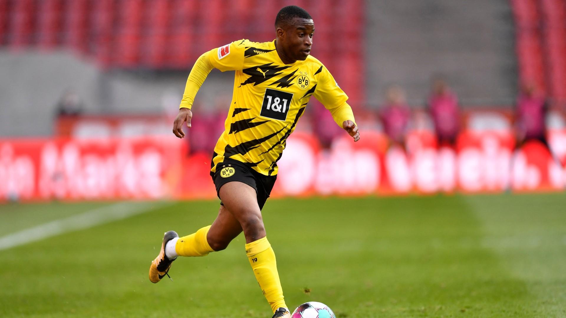 Borussia Dortmund, infortunio per Moukoko: stagione finita e addio Europei Under 21